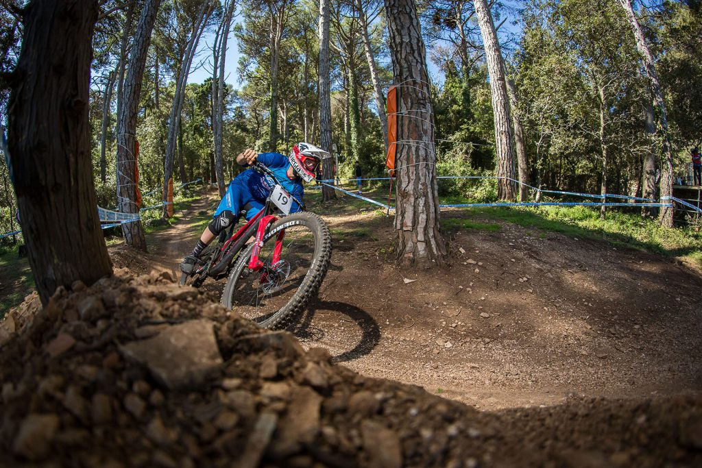 Mountain Biking, Mercedes-Benz Red Bull UCI World Cup DH